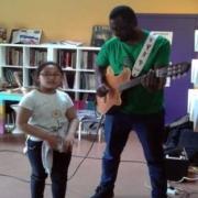 Mercure-en-coeur-guitare